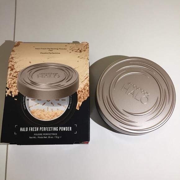 Smashbox halo fresh perfecting powder FAIR